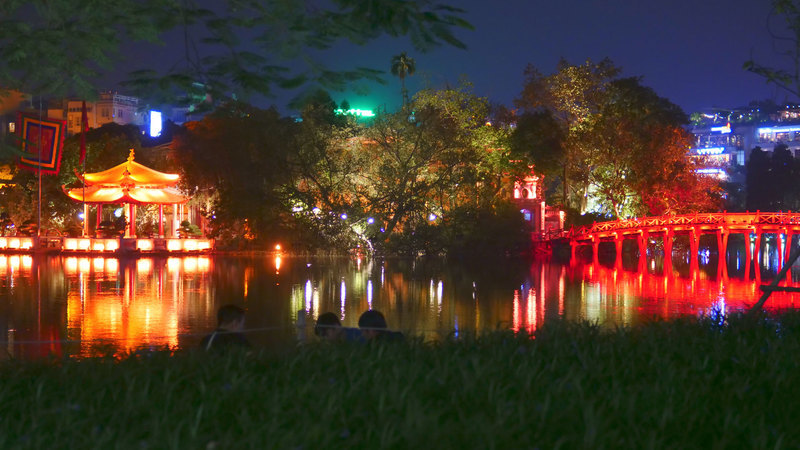 hanoi vietnam ho kiem lake at night