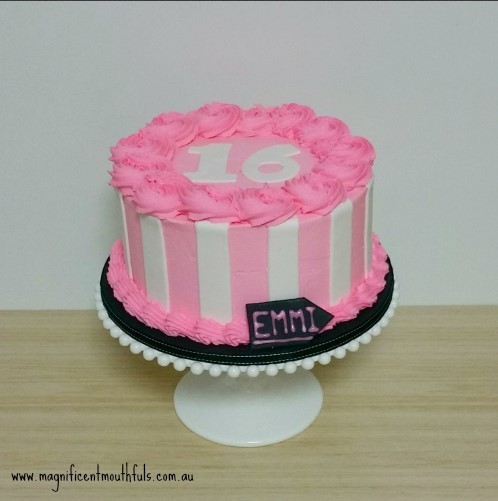Pink White & Black Cake | Which Is The Best Cake Height For Your Cakey Occassion? | But this post right here, is to explain to you a little about the heights of cakes you can get. Yes! There is more than just a slab cake and a tiered cake! | http://magnificentmouthfuls.com.au/2017/11/21/best-cake-height-for-you/