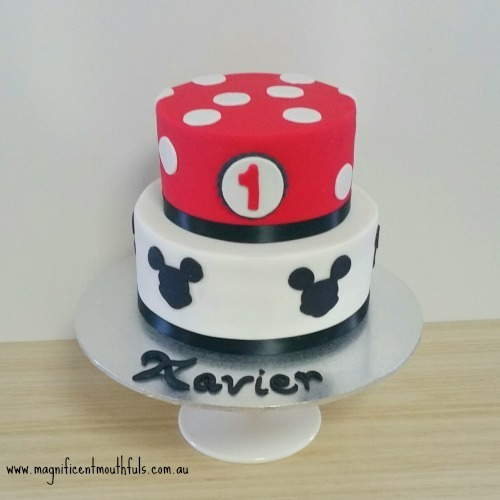 Mickey Mouse Cake | Which Is The Best Cake Height For Your Cakey Occassion? | But this post right here, is to explain to you a little about the heights of cakes you can get. Yes! There is more than just a slab cake and a tiered cake! | http://magnificentmouthfuls.com.au/2017/11/21/best-cake-height-for-you/